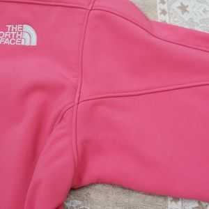 The North Face Jackets & Coats - The North face salmon light fleece lined jacket M